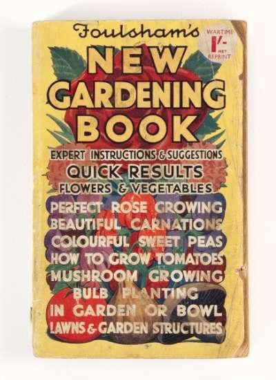 Foulsham's New Gardening Book