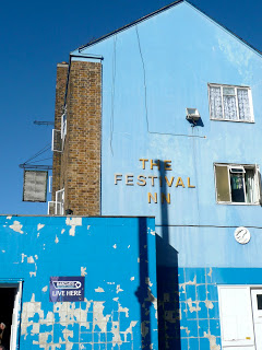 Jessica Kelly: Doing the Lansbury Walk